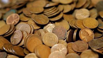 COVID outbreak leads to coin shortage