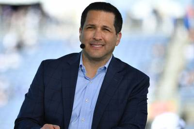 ESPN's Adam Schefter: Sending email to source to review story was 'step too far'